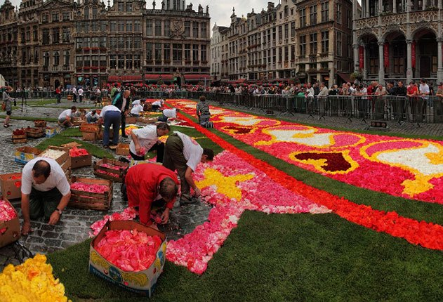 Flower Carpets construction