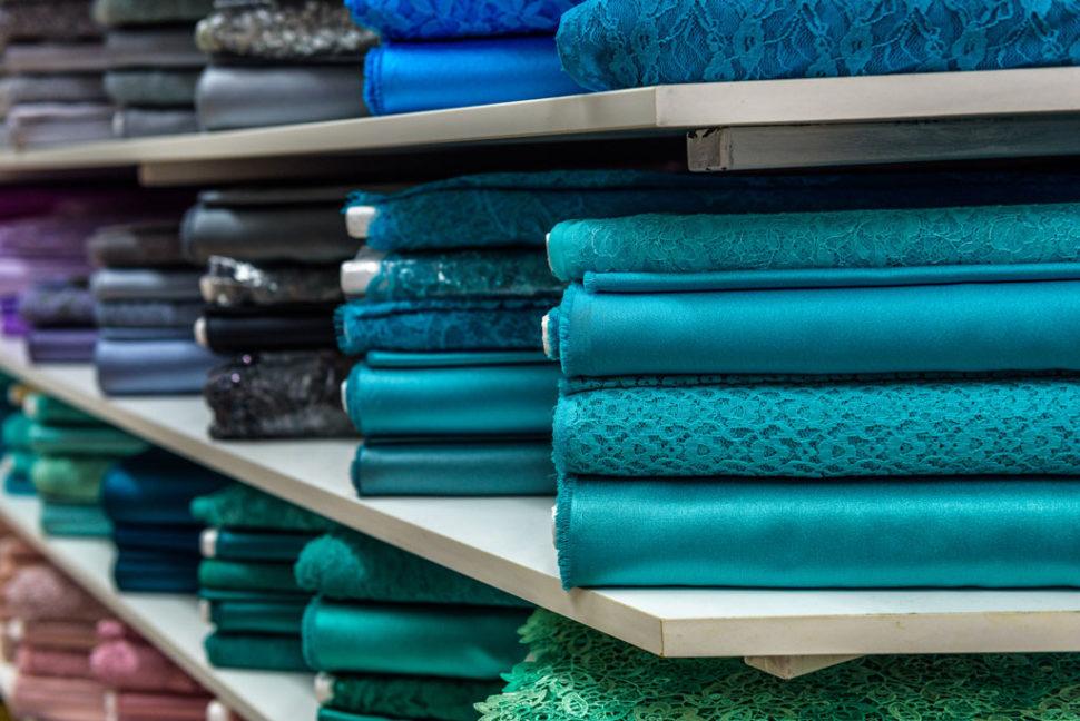 choosing curtain fabric